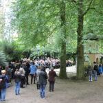 Widok na pielgrzymów na Studzionce