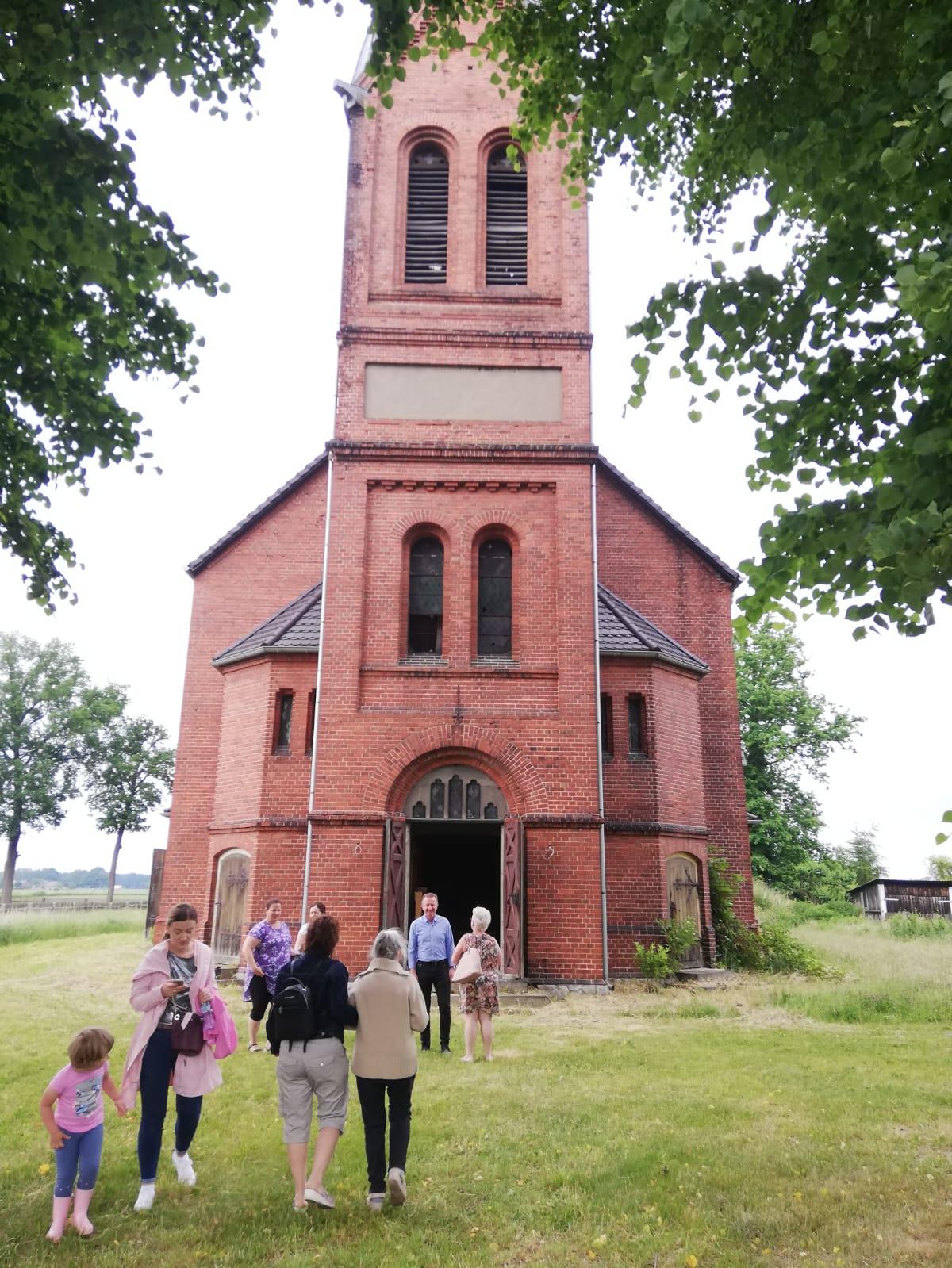 kościół w Grabiu